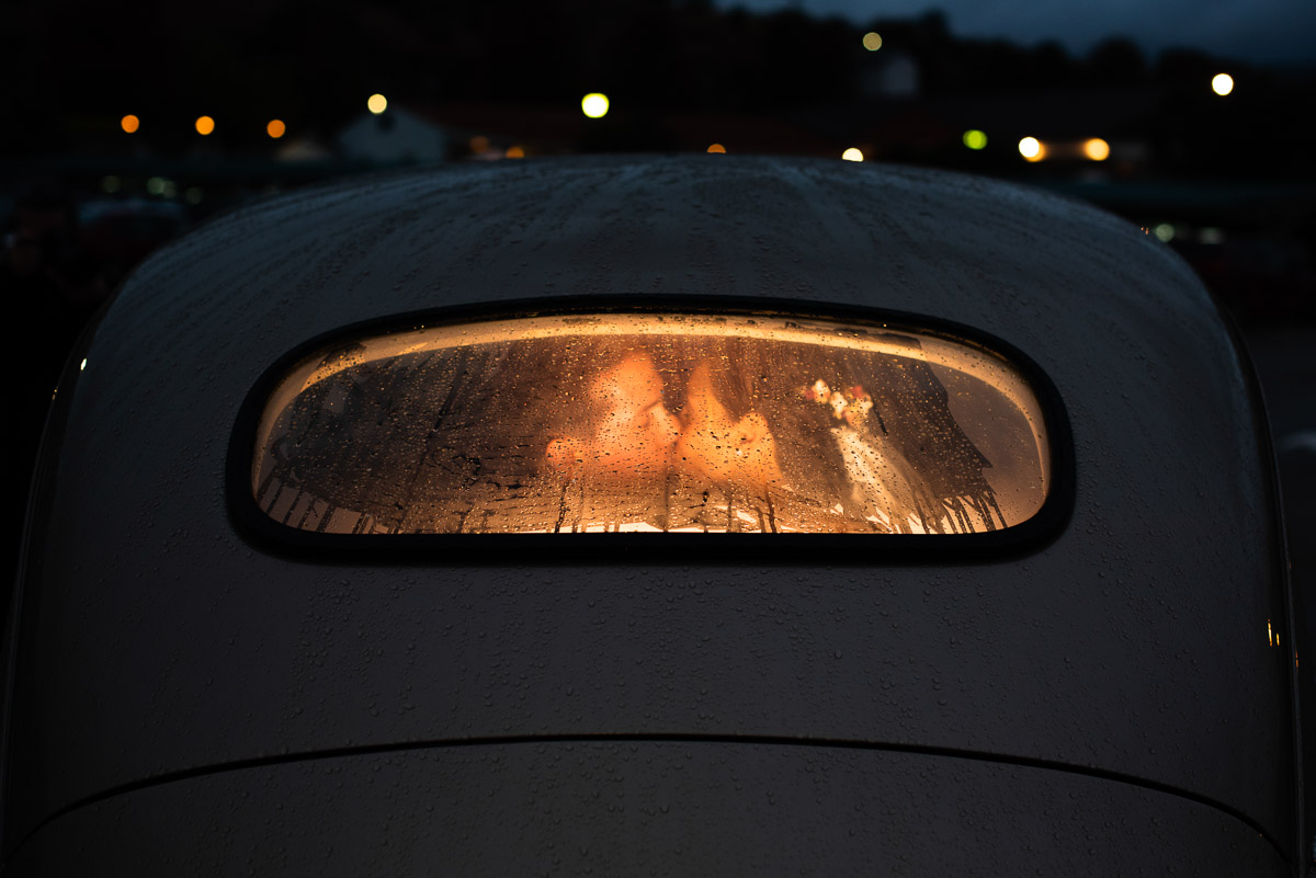 coche-novios-noche